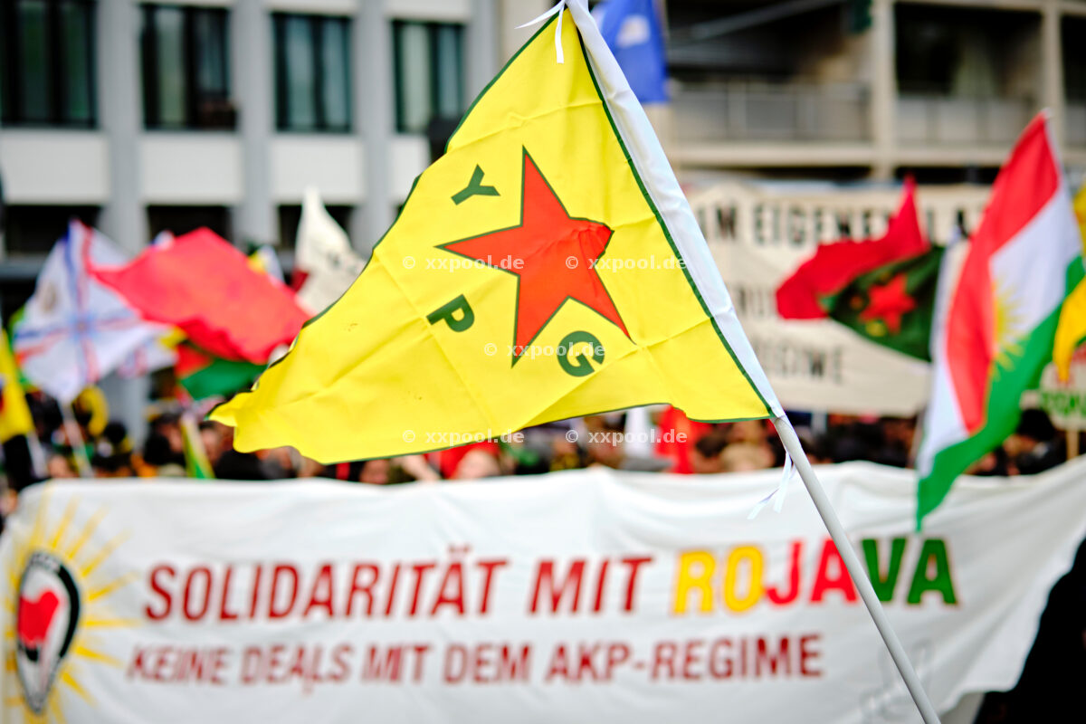 Demo against war in Rojava