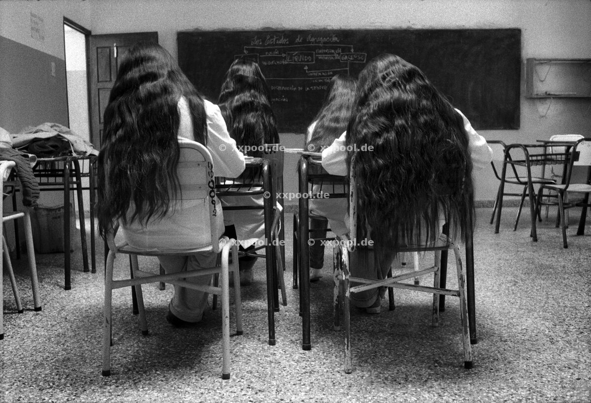 Hair, Classroom in Iruya, a small indigenous town. Girls often compete who has the longest hair in town.   (c) Irina Werning / Agentur Focus