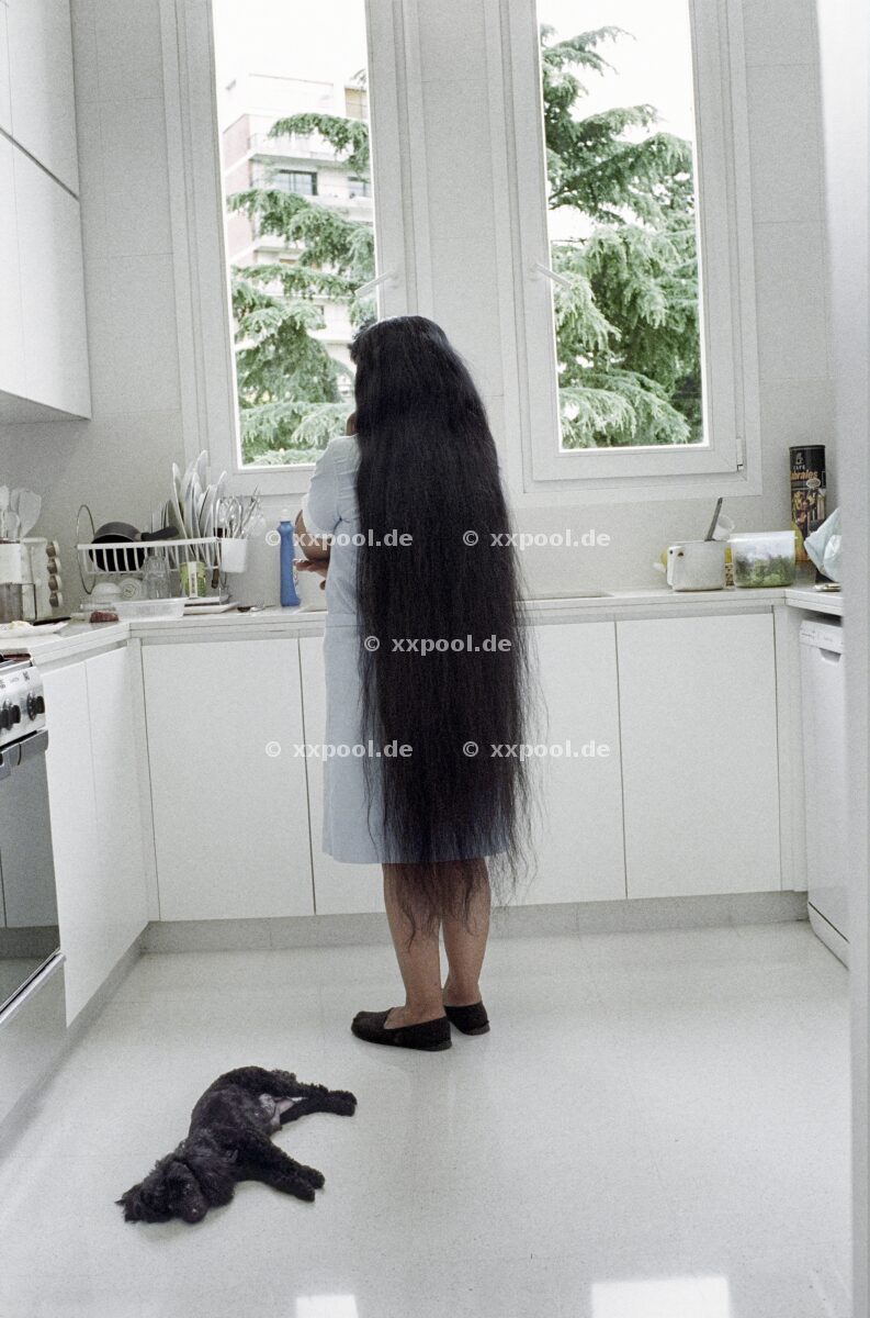 Hair, Nati (47) works as a domestic emplyee (maid) and has not cut her hair since she was 5 years old. She feels proud of her hair. It represents who she is.   (c) Irina Werning / Agentur Focus